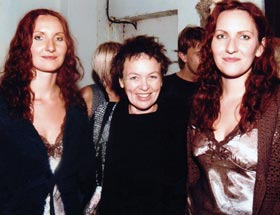 Ramona and Zinta with Laurie Anderson